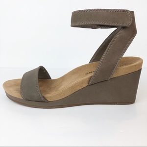 Lucky Brand Kanoa Ankle Strap Sandals Leather 8